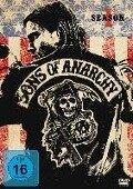 Sons of Anarchy - Kurt Sutter, Chris Collins, Dave Erickson, Misha Green, Roberto Patino