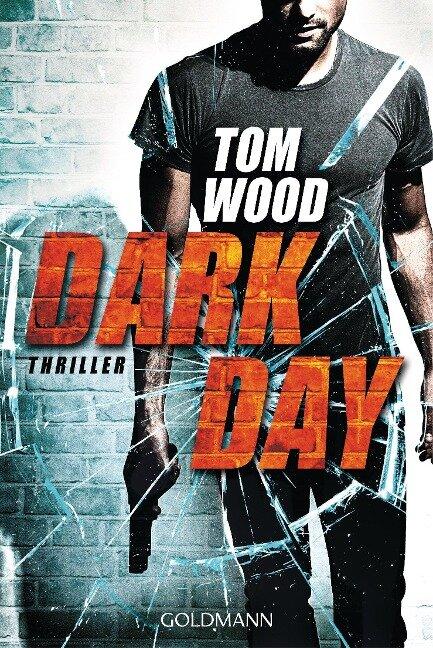 Dark Day - Tom Wood